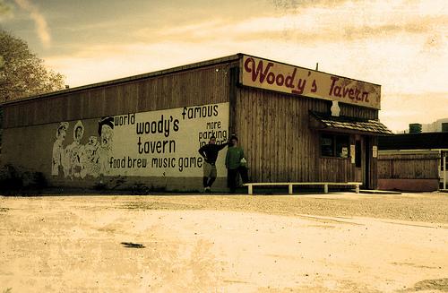 woodys tavern moab
